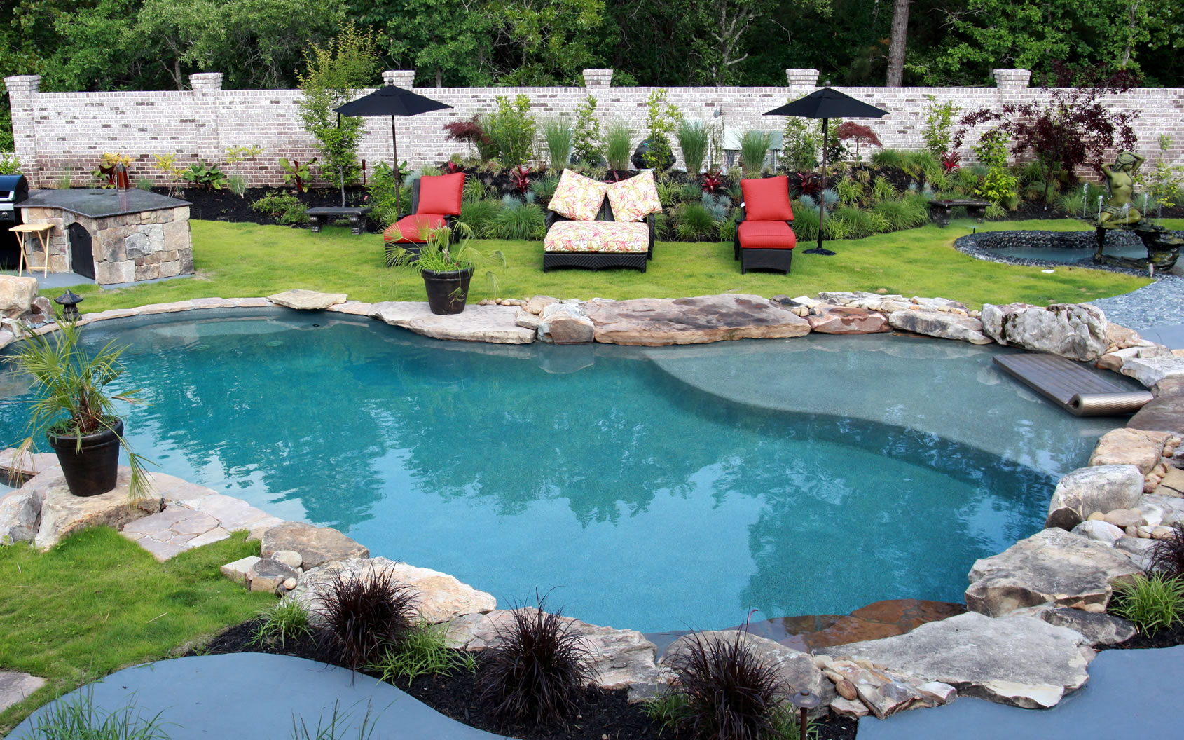 Residential pools spas by columbia and charleston south for Residential swimming pool designs